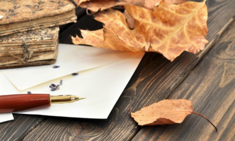 Написание письма - стоковое фото andrejad #6736331.